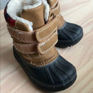 Winter boots for baby/toddler